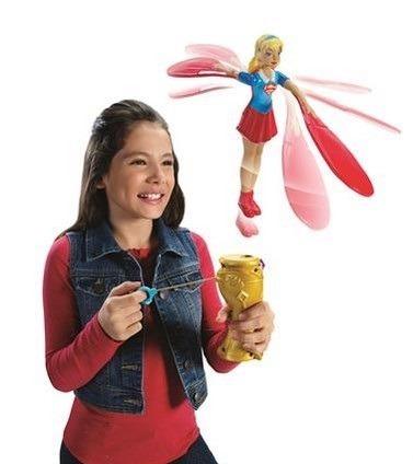 lalka superbohaterka, zabawki dla 6 latka